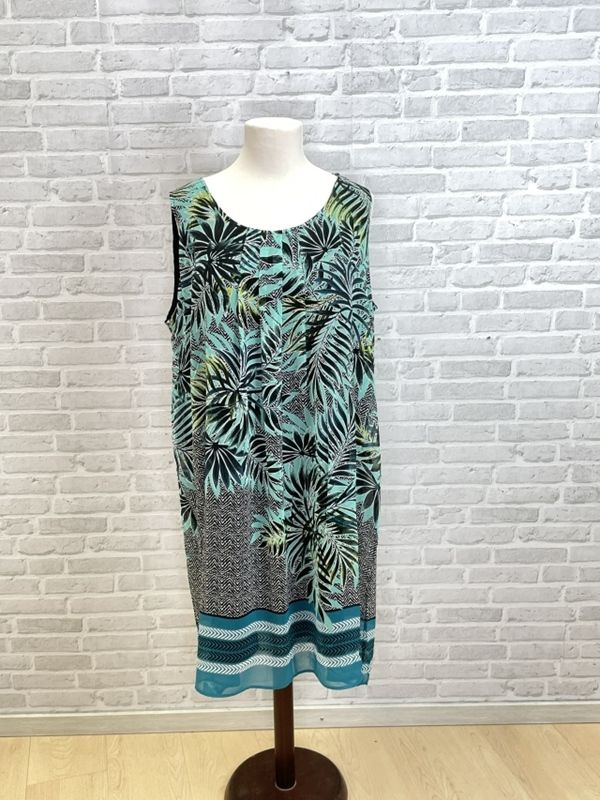 Kleid Rundhals ohne Arm Druck