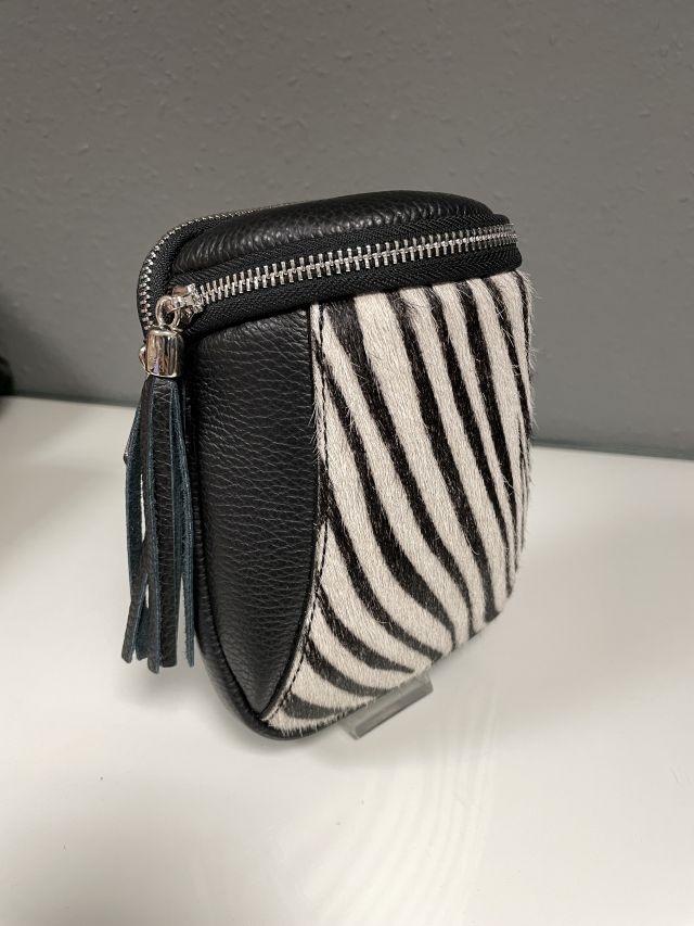 Kleid mit V-Ausschnitt 3/4 Arm